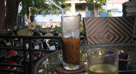 Radio Nibbles: Zen and the Art of Iced Coffee