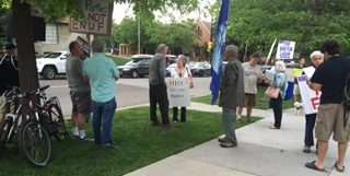 hickenlooper protest