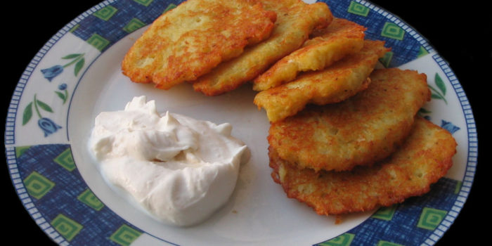 Radio Nibbles: Latkes for Hanukkah